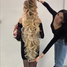 Hairstyle Skills - What do you think? Do you like her hair skills? Elegant Hairstyles, Up Hairstyles, Braided Hairstyles, Wedding Hairstyles, Halloween Hairstyles, Hairstyle Hacks, Wedding Updo, Braided Updo, Curly Hair Styles