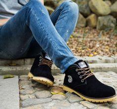 Villduci - Fleece-Lined Sneakers #fleecelinedsneakers #sneakers
