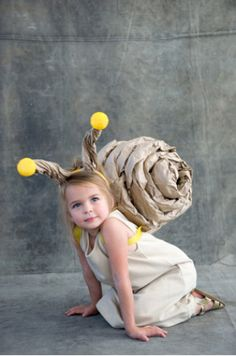 @Anna Borràs Masdéu Mira! Pel proper any!    Homemade Snail Costume