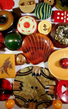 Colourful Vintage Bakelite and Celluloid Buttons.
