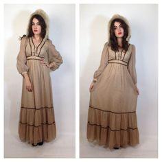 70s fall PRAIRIE MAXI DRESS. #fallfashion #hippie #hippy #boho #bohochic #fashion #70s