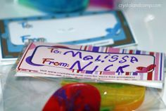 kid Valentine crafts: how to make crayon hearts out of recycled crayons and a free printable
