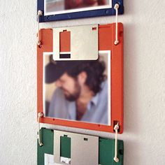 6 Best Ideas for Recycled Craft Projects Upcycled Crafts, Diy And Crafts, Cassette Tape Crafts, Room Maker, Quirky Decor, Wall Clock Design, Floppy Disk, Ideias Diy, Diy Recycle