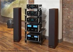 McIntosh SoHo II Music System: Complete System with Amplifier, Media Players, Room Correction and Speakers
