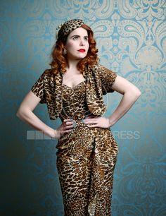 1adcacbd 14 Best Celebrities in Vivien of Holloway! images | Sarong dress ...