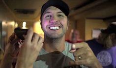 Luke Bryan's (Shirtless and) Hilarious Bloopers Reel