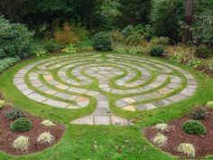 70 Magical Side Yard And Backyard Gravel Garden Design Ideas 44 Gravel Garden, Garden Paths, Indoor Garden, Garden Pool, Outdoor Gardens, Front Yard Landscaping, Backyard Landscaping, Landscaping Ideas, Backyard Ideas