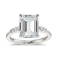 Come see what engagement ring is best for you based on your astrological sign (this emerald-cut diamond is just right for Capricorn)