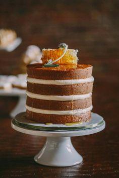 Honey-Lavender-Wine Naked cake