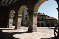 Plaza Mayor de Santillana de Mar (Cantabria)