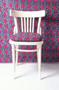 Yinka Ilori, designer de meubles en wax