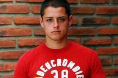 Javier Hernandez plays for Manchester United