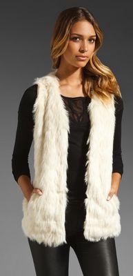 BB DAKOTA Scotlyn Textured Faux Fur Vest