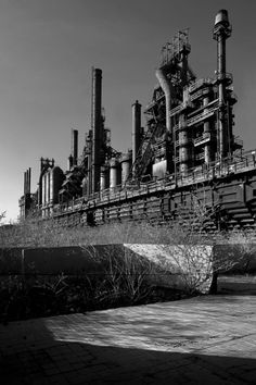 The ruins of the Bethlehem Steel Corporation in Bethlehem, PA are undoubtedly one of the most impressive industrial sites that have been left to rot in the United States' rust belt. Bethlehem Steel was the second largest steel producer in the country, and one of the largest shipbuilding companies in the world before going bankrupt in 2001.