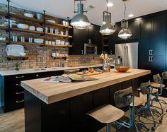 Open Plan Kitchen Living Room, Loft Kitchen, Eclectic Kitchen, Kitchen Floor, Exposed Brick Kitchen, Kitchens With Brick Walls, Industrial Kitchen Island, Industrial Kitchens, Industrial Office
