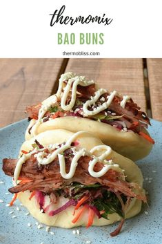 Our soft and fluffy Thermomix Bao Buns served with leftover roast pork and crunchy asian slaw make the perfect family dinner. Szechuan Recipes, Asian Recipes, Gourmet Recipes, Dinner Recipes, Cooking Recipes, Ethnic Recipes, Thermomix Recipes Healthy, Bao Burger, Nutribullet