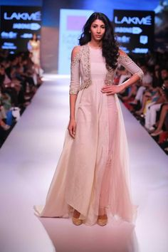 Perfect for a summer destination wedding, at that beautiful seaside resort. // Anushree Reddy, Lakme Fashion Week 2015 // See more at www.thetrousseau.in, a wedding fashion and bridal style blog