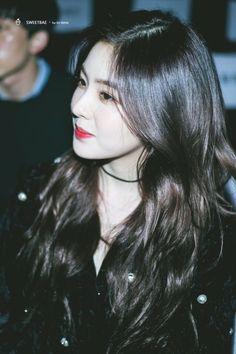 Red Velvet アイリーン, Red Velvet Irene, Kpop Girl Groups, Kpop Girls, Seulgi, Rapper, Korean Celebrities, Beautiful Asian Girls, Ulzzang Girl