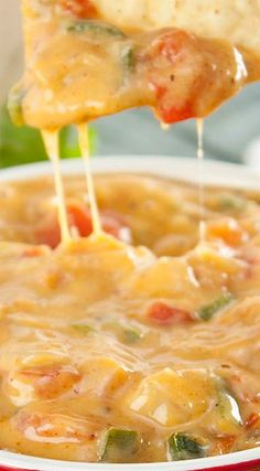 Skinny Queso Cheese Dip Recipe