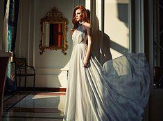 Elçin Sangu pictures and photos Turkish Women Beautiful, Turkish Beauty, Red Hair Celebrities, Ideal Girl, Elcin Sangu, Prettiest Actresses, Female Character Inspiration, Turkish Fashion, Western Outfits