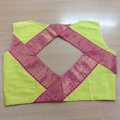 New Saree Blouse Designs, Patch Work Blouse Designs, Blouse Designs Catalogue, Hand Work Blouse Design, Simple Blouse Designs, Stylish Blouse Design, Designer Blouse Patterns, Blouse Neck, Boat Neck