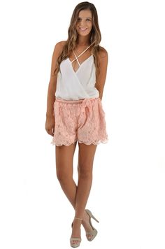 love this outfit peekaboofashion.com