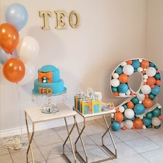 25th Birthday Cakes, Cake Table Birthday, Third Birthday, 3rd Birthday Parties, Birthday Presents, Birthday Party Decorations, Birthday Ideas, Balloon Decorations, Party Planning