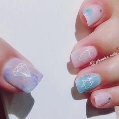 never let go of your dreams  #셀프네일 #cute #metallicnails #fashion #art #watercolor #beauty #ネイルサロン #blingblingnails nails #naildesign #nailsalon #selfnail #nail #네일 #design #polish #wedding #watercolornail #ネイルアート #pikapika_nails #ネイル #nailswag #nailart #수채화네일 #젤아트 #starrynails #gelnail #mirrornails #nailpolish #shatteredglassnails