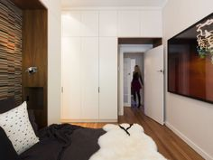 bedroom joinery storage 12/2 Waratah Street, Rushcutters Bay, NSW 2011