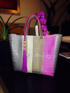 Increíbles Bolsas Artesanales!! Embroidery Bags, Boho Bags, Cloth Bags, Basket Weaving, Travel Bags, Leather Bag, Purses And Bags, Tote Bag, Mexico