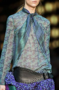 dFly / Mode Funk 2-3 inspired by Just Cavalli  Spring RTW http://fqoto.com/fqoto-ss-2015-036-dfly--mode-funk-season-2---3.html