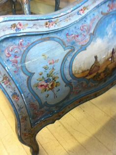 Antique French/Italianate Day Bed | Maison Decor