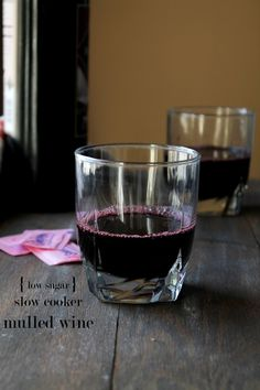 Slow Cooker Mulled Wine | www.diethood.com | #recipe #mulledwine #sugarfree
