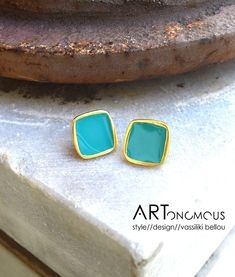 04c660f234 Τετράγωνα σκουλαρίκια με σμάλτο – aqua Lovely turquoise and gold stud  earrings. Jewelry gift accessories