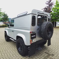 The Indus Silver Twisted 90 XS Utility…  #AntiOrdinary #Details #Yorkshire #TwistedDefender #Defender #LandRover #LandRoverDefender #DefenderRedefined #Handmade #Handcrafted #Redefined #Style #Lifestyle