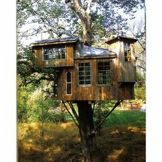 I love the idea of using found objects to build a tree house - shame the reclamation yards have found them first!