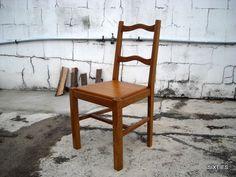 cadeiras rústicas: 44 em armazém
