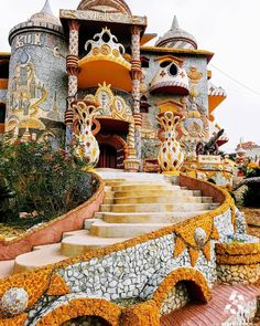 This castle took 25 years to be built of colored stones collected from around the world! (Bakhoun Liban-Nord Lebanon) at ( Beautiful Places To Visit, Beautiful World, Places To See, Places To Travel, Travel Destinations, Wonderful Places, Places Around The World, Around The Worlds, Ibiza Beach