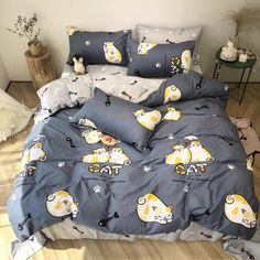 Sweet Cats Bedding Set Notice: The bedding set has a duvet cover with no filling,a bed sheet and pillowcase ●Size:tips the size of the quilt to choose the bedding set. Cute Bedroom Decor, Room Ideas Bedroom, Queen Size Bedding, Bedding Sets, Egyptian Cotton Duvet Cover, Cute Bear Drawings, Kawaii Bedroom, Dreams Beds, Girl Bedroom Designs
