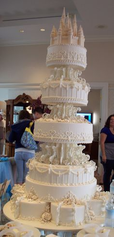 I think if we make a smaller version of this Disney wedding cake would be amazing!
