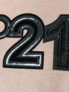 Shop Nº21 logo appliqué sweatshirt