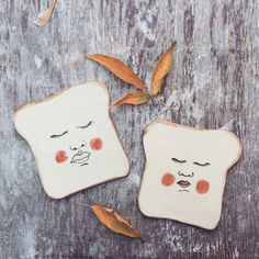 ceramic toast plates by fernanda uribe