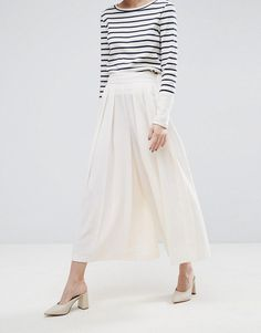 http://www.asos.com/asos/asos-tailored-culottes-with-large-fold-pleat-front/prd/8046251?CTARef=Saved Items Image