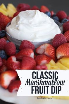 Marshmallow Fruit Dip Classic Marshmallow Fruit Dip Recipe - The perfect fruit dip for anything!Classic Marshmallow Fruit Dip Recipe - The perfect fruit dip for anything! Dessert Dips, Köstliche Desserts, Delicious Desserts, Yummy Food, Refreshing Desserts, Health Desserts, Breakfast Dessert, Fruit Recipes, Dessert Recipes