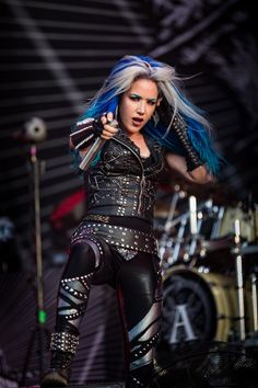 Heavy Metal Girl, Heavy Metal Fashion, Sexy Outfits, Cool Outfits, The Agonist, Alissa White, Women Of Rock, Estilo Rock, Symphonic Metal