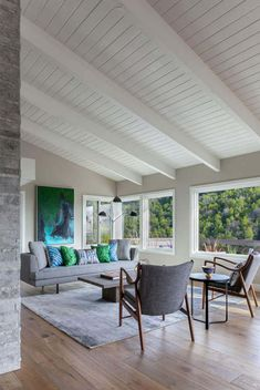 A neutral retreat (Desire To Inspire) My Home Design, New Home Designs, House Design, Wells House, Bungalow Interiors, Mid Century House, Mid Century Modern Furniture, Living Spaces, Living Room