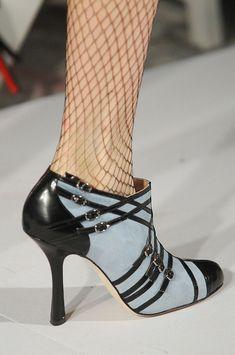 Oscar de la Renta Fall 2012 - shoe details
