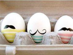 Moustache easter eggs, Easter DIY Inspiration Gallery : Home Trends Magazine Easter Egg Dye, Hoppy Easter, Easter Party, Easter Bunny, Egg Crafts, Easter Crafts, Easter Ideas, Homemade Easter Baskets, Diy Ostern