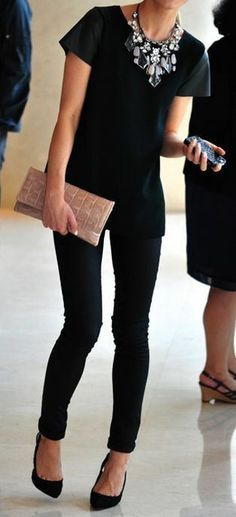 Boring black outifit? NOT! Accessories make it work! #accessorize
