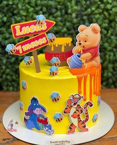 Happy Birthday Disney, Boys 1st Birthday Cake, Winnie The Pooh Birthday, Winnie The Pooh Themes, Baby Cakes, Baby Shower Cakes, Bolo Mickey Baby, Cake Models, Flamingo Cake